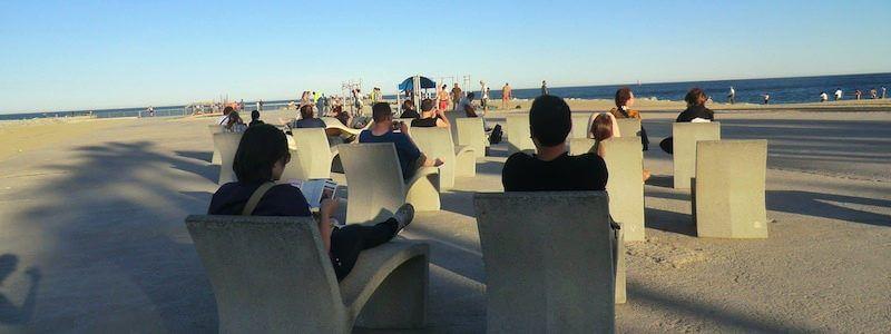 bancs de pierre plage Barcelone