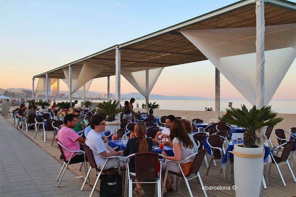 un bar de plage