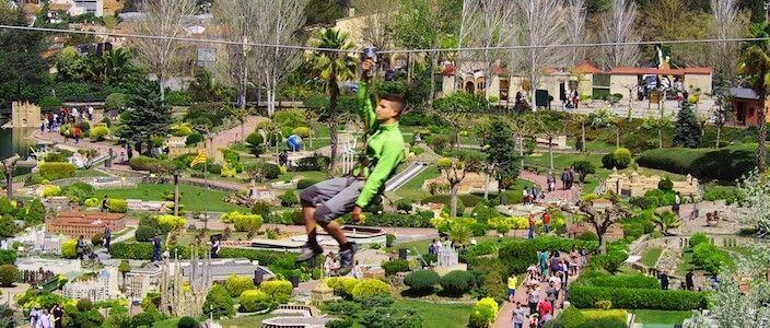 Catalunya en Miniatura (Catalogne en Miniature) et Parc d'Accrobranche