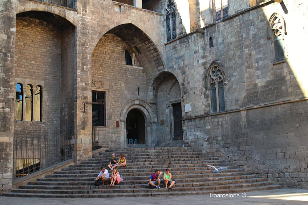 escaliers Palau Reial Major
