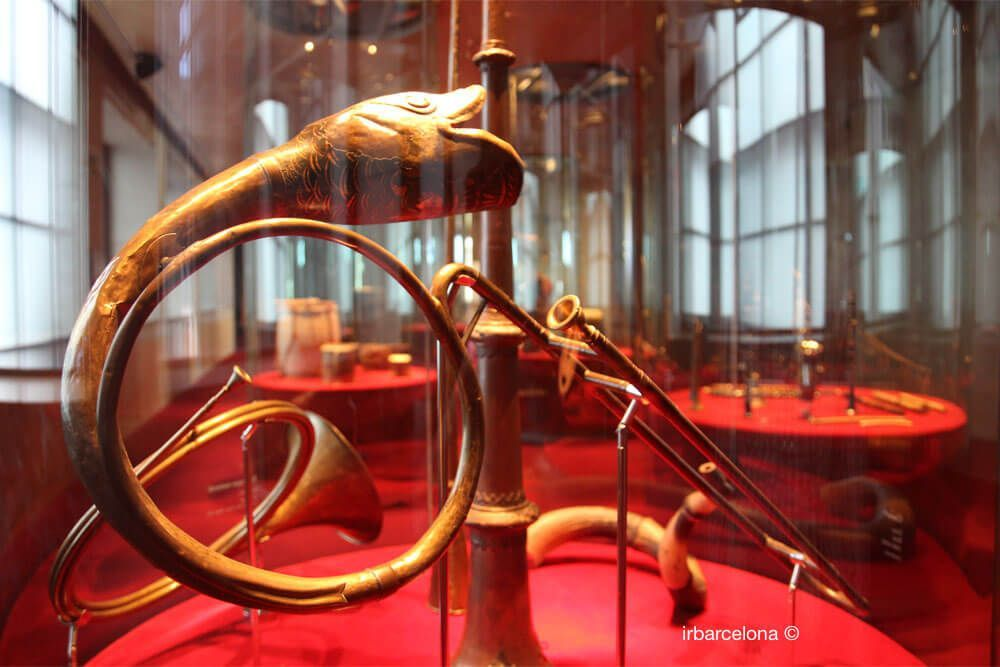 instrument exposé