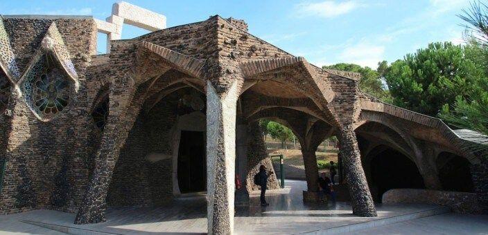Colònia Güell et Crypte Gaudí