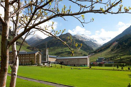Pyrénées Vallée de Nuria