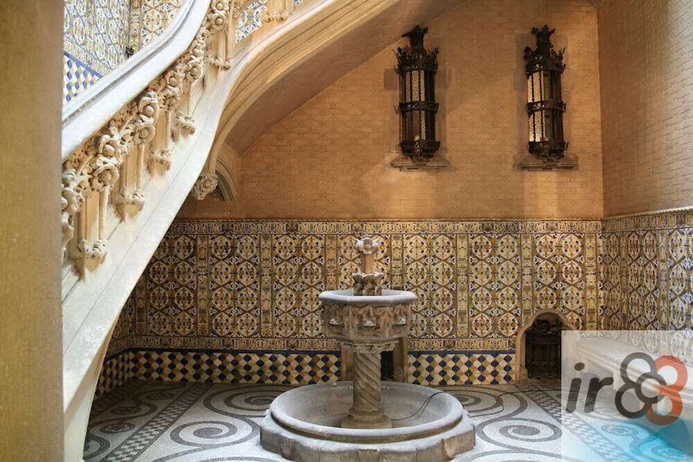 fontaine Palais Baron de Quadras